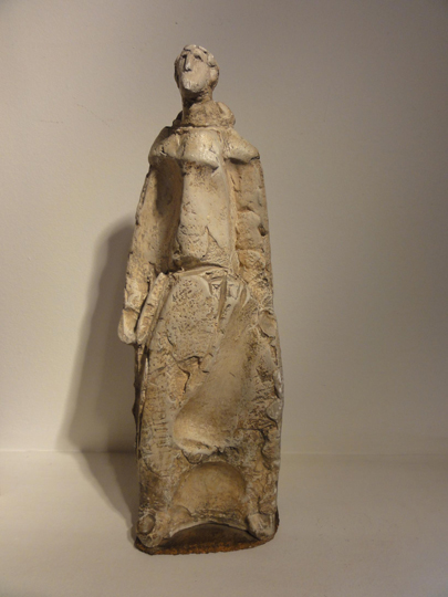 """Figura de fraile"". Emptying in plaster 41 x 12,5 x 10 cm. Signed and dated 1952"